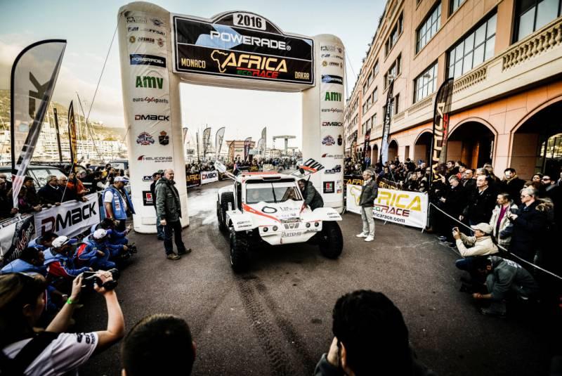 Старт ралли Africa Eco Race