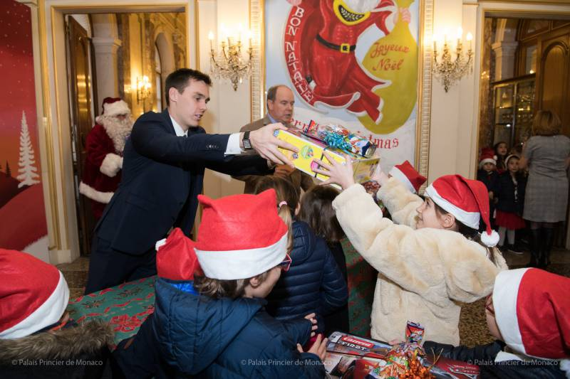 Christmas At The Palace.Christmas For Children At The Palace And Other Princely News
