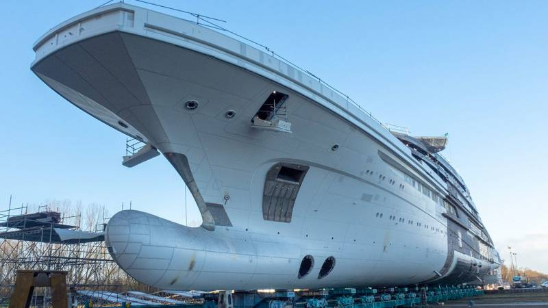 142-meter superyacht Project Redwood launched by Lurssen