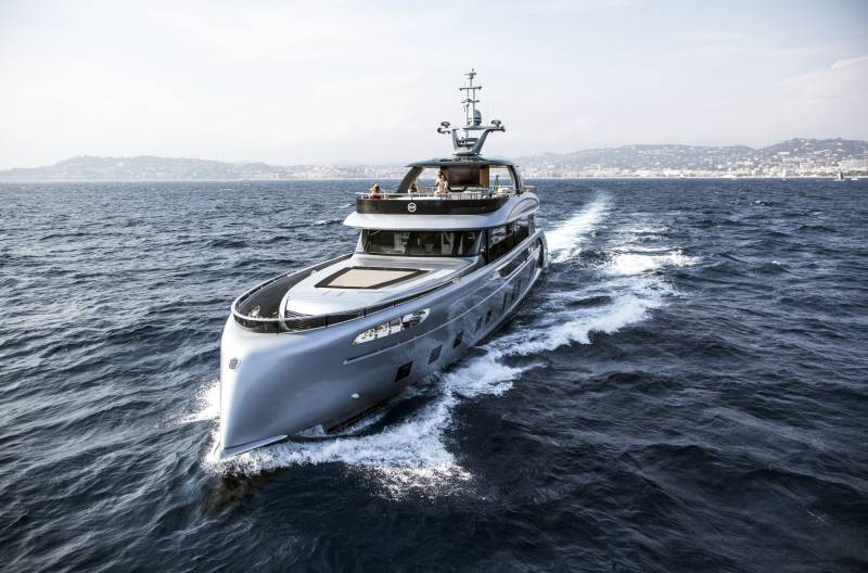 Photo of MEISSEN for Dynamiq: German craftsmanship meets Italian boutique yacht brand and other yacht news