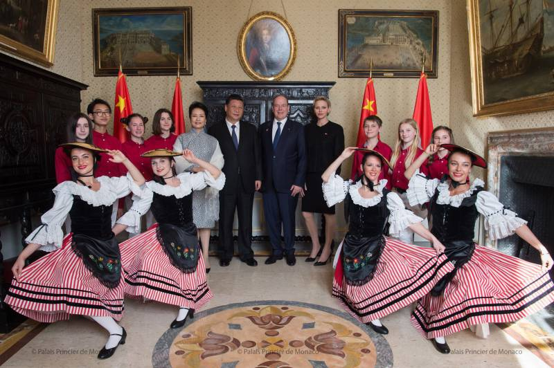 Photo of Prince Albert II and Princess Charlene hosted President Xi Jinping of China and his wife Peng Liyuan and other Monaco news