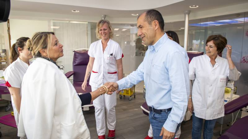 Photo of Giving Blood at the AS Monaco Match Will Save Lives. Leonardo Jardim Joins In.