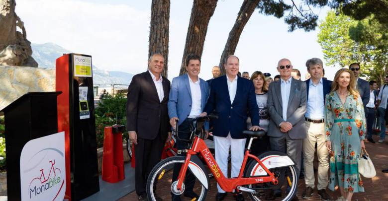 H.S.H. Prince Albert II officially launched MonaBike