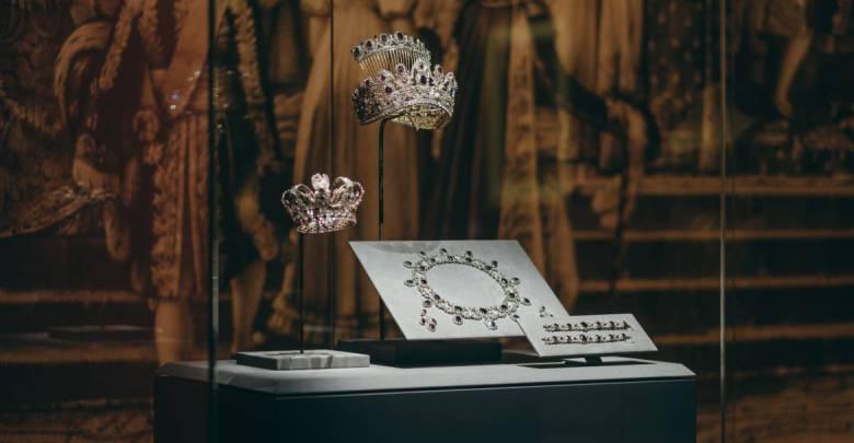 Chaumet's tiaras surprising showroom at Grimaldi Forum