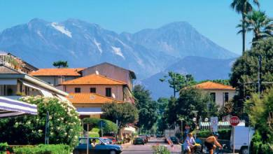 Photo of Italian holidays – Forte dei Marmi, a glimpse through a window pane into Europe