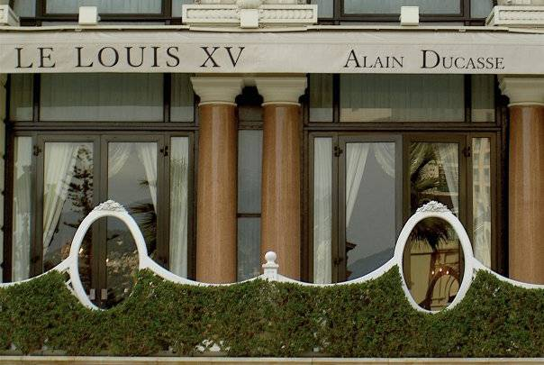 """Louis XV In Monte Carlo Awarded Gault Millau's First Ever Unique """"Masterpiece"""" Distinction"""