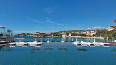 Photo of Ile Rousse in Bandol Offers Exceptional Pampering with an Amazing View