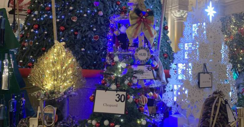 Christmas Tree Auction