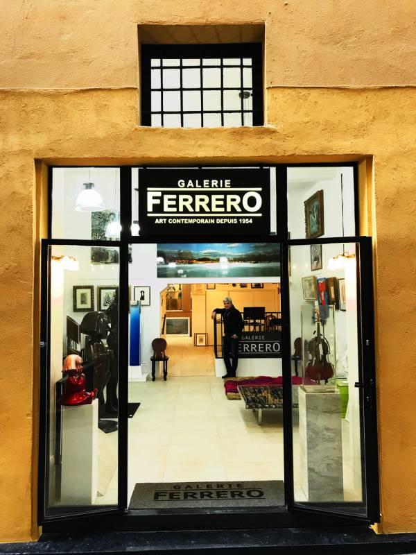 Ferrero Gallery opens in Old Nice