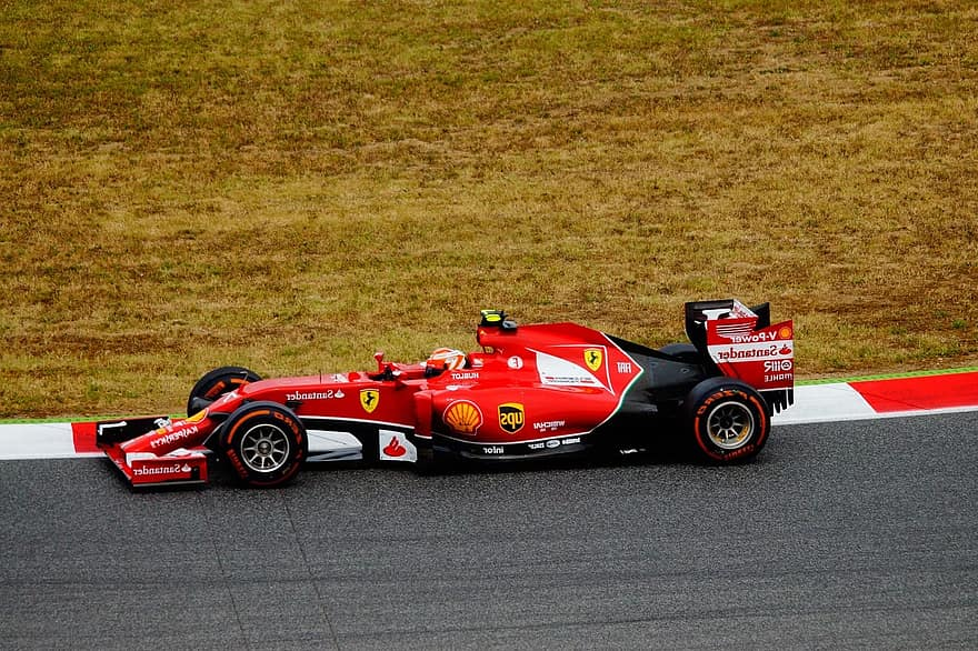 Historic Records and Engine Problems at the Barcelona Grand Prix