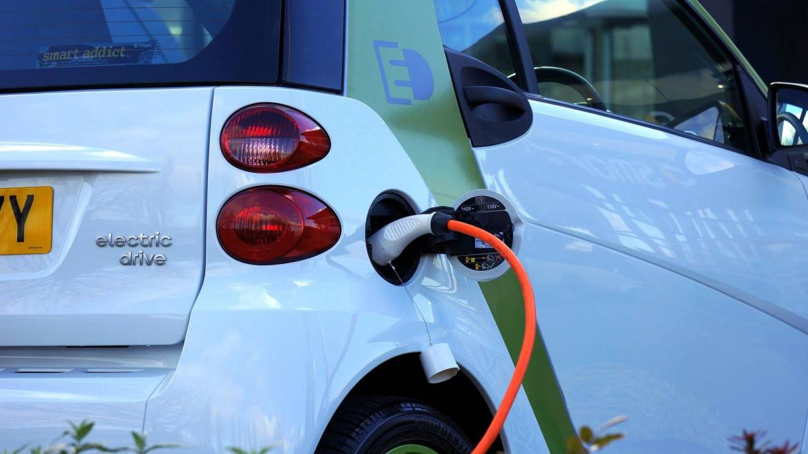New Online Service for Requesting a Subsidy for Buying an Eco-Friendly Vehicle