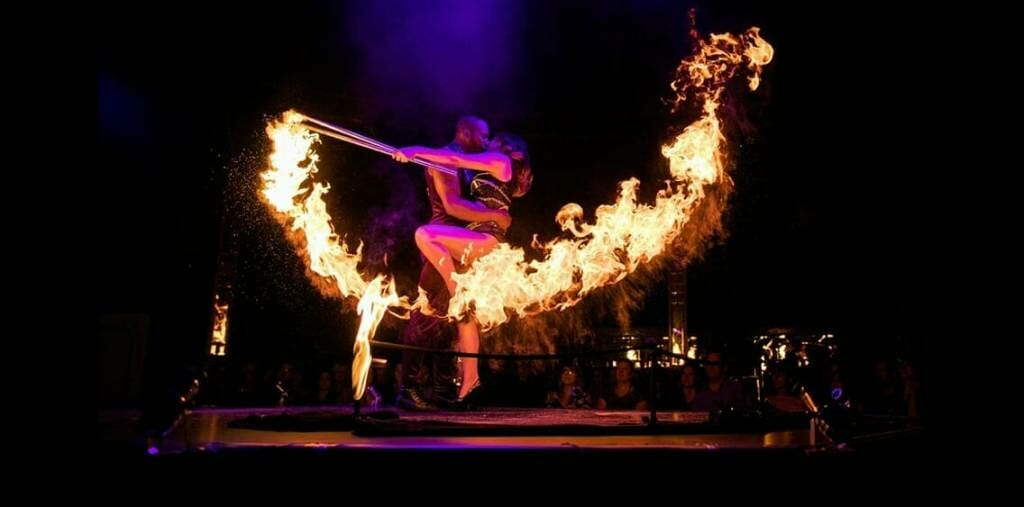 contemporary circus cabaret BOHEMIA