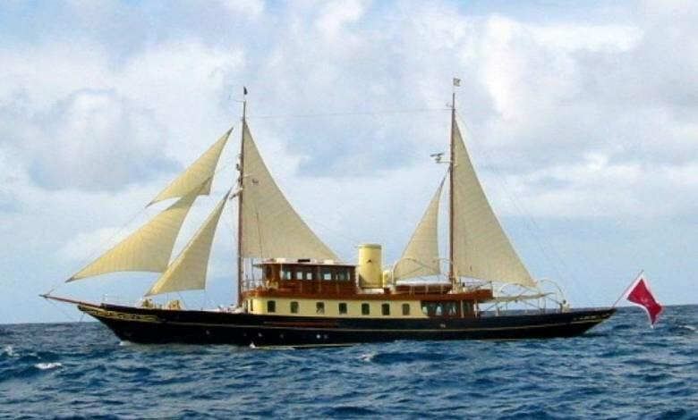 News from Royal Huisman - Atlantide arrives at Huisfit