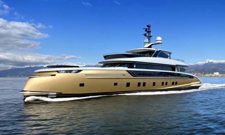 Golden Stefania from Dynamiq Yachts