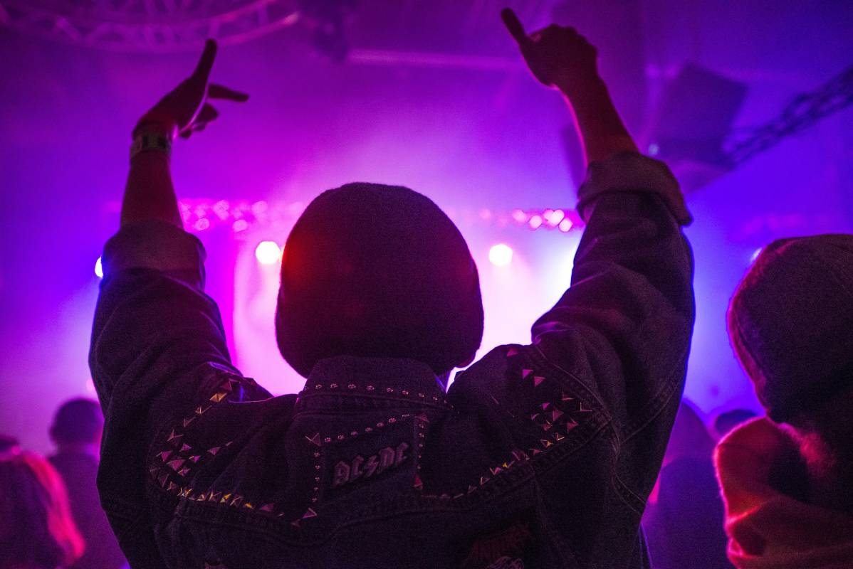 New relaxations of health measures for night clubs and restaurants