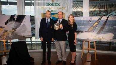 Photo of Dmitriy Rybolovlev has presented the Rolex Fastnet Trophy to HSH Prince Albert II of Monaco